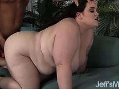 enormous-holly-jayde-sucks-and-fucks-a-big-cock