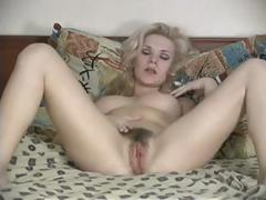 blond-hairy-women-masturbates