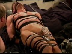 extreme-vacuum-pumping-cbt-on-leather-bound-and-restrained