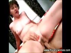Toothless Granny Suck N Fuck Action