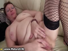 old-busty-and-horny-mom-is-wanking-part4