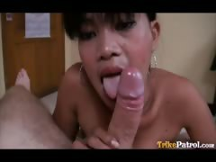 filipina-webcam-slut-meets-foreigner-for-wild-sex-in-hotel